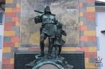 Альтдорф. Памятник Вильгельму Теллю с сыном