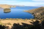 Вид озера Титикака с острова Солнца.