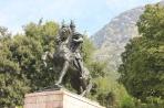 Дуррес. Памятник в стиле соцреализма