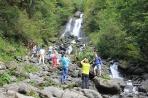Водопад близ озера Рица