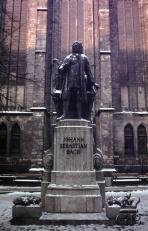 Лейпциг. Памятник Й.С. Баху перед Томаскирхе