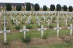 Дуомон близ Вердена. Некрополь с 15000 могил и оссуарий.